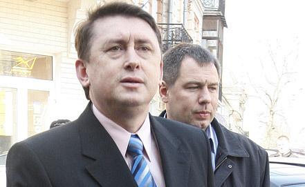 Николай Мельниченко (слева)
