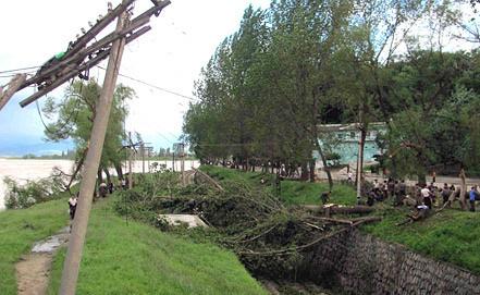"""Последствия тайфуна """"Болавен"""" Фото ЕРА/ИТАР-ТАСС"""