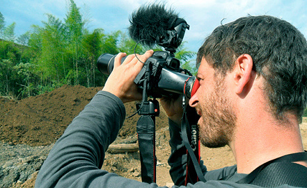 Французский журналист Ромео Ланглуа. Фото EPA/ИТАР-ТАСС