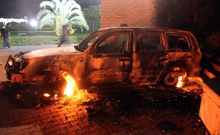 На территория атакованной дипмиссии США в Бенгази. Фото ЕРА/ИТАР-ТАСС
