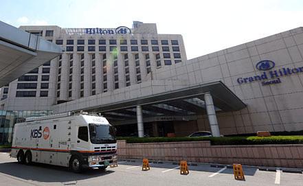 В этом отеле в Сеуле должны были состояться переговоры между двумя Кореями. Фото EPA/ИТАР-ТАСС