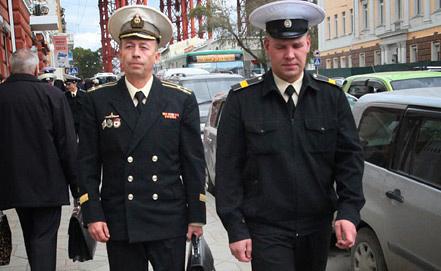 Д. Лаврентьев, Д. Гробов (слева направо). Фото ИТАР-ТАСС