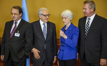 Встреча в Женеве - Михаил Богданов, Лахдар Брахими, Уэнди Шерман и Геннадий Гатилов. Фото EPA/ИТАР-ТАСС