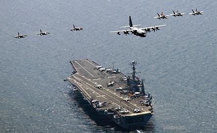 "Авианосец ""Джордж Вашингтон"". Фото EPA/ИТАР-ТАСС"