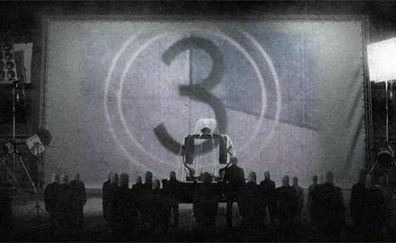 "Стоп-кадр а/ф ""Одинокие мощи"" /Lonely Bones/. Yoututube.com/ iffrotterdam"